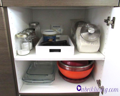 Simple Baking Cabinet Organization | abrikliving.com